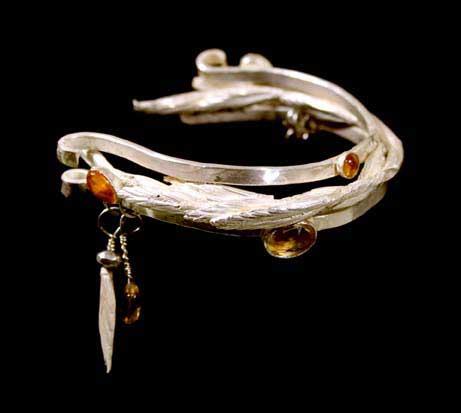 Apache Grass bracelet by Kathleen Carricaburu